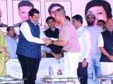 Versova Festival 2018 - Devendra Fadnavis and Akshay Kumar