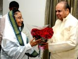 Maharashtra Governor K Sankaranarayanan with his wife on a courtesy visit met former President of India Pratibha Patil at the latter`s residence in Pune on August 2, 2013.