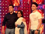 Mumbai: Arpita and Aayush Sharma visiting on the sets of Bigg Boss - 8