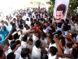 People extend warm welcome to Revanth Reddy who submitted his resignation from the primary membership of the Telugu Desam Party (TDP) in Hyderabad on Oct 30, 2017.