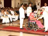 President Pranab Mukherjee presents the Padma Vibhushan Award to former Madhya Pradesh chief minister Sundar Lal Patwa (Posthumous), at a Civil Investiture Ceremony, at Rashtrapati Bhavan, ...