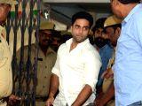 Actor Navdeep appears before SIT in drug case