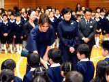 TOKYO, Nov. 6, 2017 - U.S. first lady Melania Trump (front) and Japanese Prime Minister Shinzo Abes wife Akie Abe visit a primary school in Tokyo, Japan, Nov. 6, 2017.