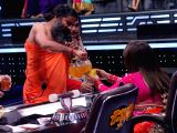 "Ramdev, Shilpa Shetty on the sets of ""Super Dancer - Chapter 2"