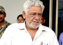 Om Puri arrives at Jodhpur airport
