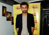 Mumbai: Ranbir Kapoor promotes Bombay Velvet