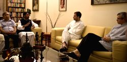 A delegation of opposition lawmakers from Jammu and Kashmir meet Congress Vice President Rahul Gandhi in New Delhi on Aug 21, 2016.