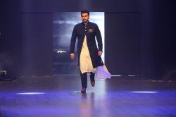 Actor Arjun Kapoor at red carpet of