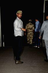 Actor Irrfan Khan seen at Chhatrapati Shivaji Maharaj International airport in Mumbai on Oct 12, 2017.