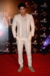 Actor Siddharth Shukla during COLORS Golden Petal Awards 2013 in Mumbai on Dec.14, 2013.