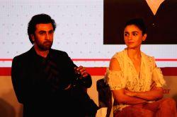 Actors Ranbir Kapoor and Alia Bhatt at