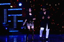 Actors Shraddha Kapoor and Arjun Kapoor during the promotion of film Half Girlfriend on the sets of Star Plus TV show Nach Baliye Season 8 in Mumbai on April 26, 2017.