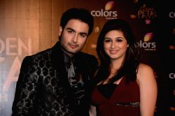 Actors Vivian Dsena and Vahbbiz Dorabjee during COLORS Golden Petal Awards 2013 in Mumbai on Dec.14, 2013.