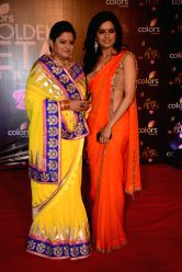 Actresses Shama Deshpande and Seema Mishra during COLORS Golden Petal Awards 2013 in Mumbai on Dec.14, 2013.
