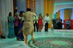 Bollywood Shah Rukh Khan promotes Chennai Express on Taarak Mehta Ka Ooltah Chashmah sets in Mumbai on 23rd July 2013.