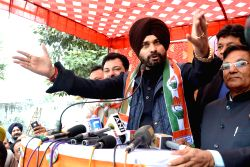 Congress leader Navjot Singh Sidhu addresses a party rally ahead of Punjab assembly polls in Amritsar on Jan 21, 2017.