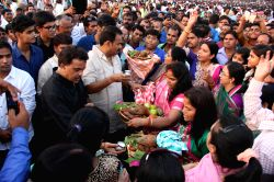 Congress leader Sanjay Nirupam participates in Chhath Puja celebrations at Juhu Beach in Mumbai, on Oct.30, 2014.
