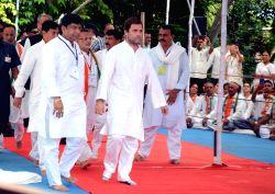 Congress Vice President Rahul Gandhi at Kamatibaug in Vadodara, Gujarat on Oct 10, 2017.