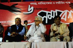 CPI-M  General Secretary Siitaram Yachury with Surjya Kanta Mishra and Biman Bose in Kolkata on Dec 6, 2016.
