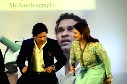 Cricket legend Sachin Tendulkar with his wife Anjali Tendulkar at the launch his autobiography `Playing It My Way` in Mumbai, on Nov 5, 2014.