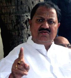 D Srinivas, a senior Congress leader in Telangana quit the party and join the ruling Telangana Rashtra Samithi (TRS) in Hyderabad on July 2, 2015.