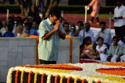 Delhi Chief Minister Arvind Kejriwal with Deputy Chief Minister Manish Sisodia paying homage at the Samadhi of Mahatma Gandhi on the occasion of his 148th Birth Anniversary at Raj Ghat in ...