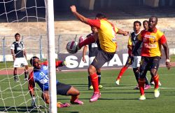 East Bengal striker Baljit Sahni scorring a hattrick during East Bengal vs MD. Sporting Club Kolkata League match. East Bengal won the match 6-1 at Vivekananda Yuba Bharati Krirangan in Kolkata on Feb. 23, 2013 .(Photo: Kuntal Chakrabarty/IANS)