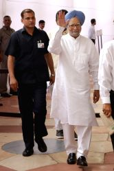 Former Prime Minister Manmohan Singh arrives at Parliament to cast his vote during presidential polls in New Delhi, on July 17, 2017.