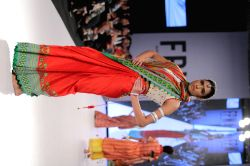 A riot of colours at Karachi fashion week
