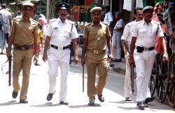 Kolkata: Kolkata Police conducts flag march