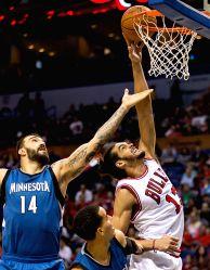 Louis: NBA Preseason basketball - Chicago Bulls v/s Minnesota Timberwolves