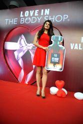 Mumbai: Jacqueline Fernandes launch The Body Shop new store