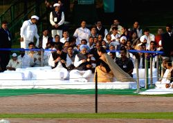 New Delhi: Congress chief Sonia Gandhi, former prime minister Manmohan Singh, vice president Rahul Gandhi and others at the memorial of Pandit Jawaharlal Nehru - the first prime minister of India - ..