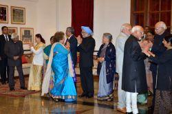 New Delhi: Former President A. P. J. Abdul Kalam, Lok Sabha Speaker Sumitra Mahajan, Prime Minister Narendra Modi, former prime minister Manmohan Singh,  Vice-President Mohammad Hamid Ansari, ...