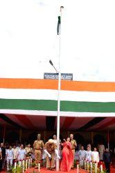 Rajasthan Chief Minister Vasundhara Raje hoists the national flag on Independence Day at Sawai Mansingh Stadium in Jaipur on Aug 15, 2017.