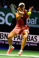 Singapore: WTA finals - Serena Williams v/s Caroline Wozniacki