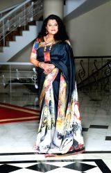 Swapna Sundari in a art sari from Ehsaas Project curated by artist Alka Raghuvanshi