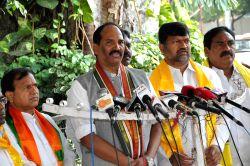 Telangana Congress chief N. Uttam Kumar Reddy addresses a press conference in Hyderabad, on Oct 8, 2015.