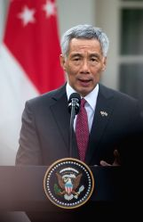 WASHINGTON, Oct. 23, 2017 - Visiting Singaporean Prime Minister Lee Hsien Loong delivers joint statements with U.S. President Donald Trump (not in the picture) at the White House in Washington D.C., ...