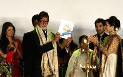 West Bengal Chief Minister Mamata Banerjee with actors Amitabh Bachchan and Jeet during inauguration of 19th Kolkata International Film Festival in Kolkata on Nov.10, 2013.