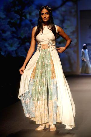Amazon India Fashion Week Summer Spring - Shruti Sancheti