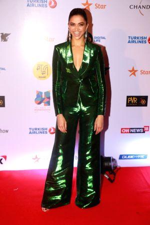 Closing Ceremony of Jio Mami Film Festival 2017 - Deepika, Sonam, Shahid