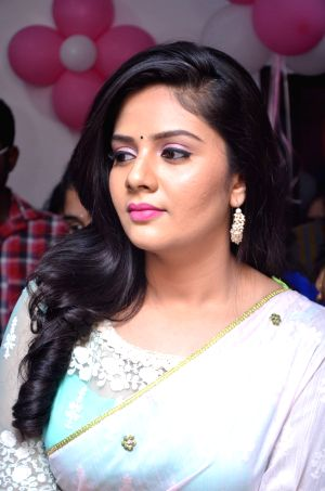 Sreemukhi launches Maanvi's Beauty Studio & Spa