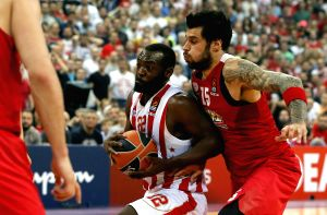 SERBIA-BELGRADE-BASKETBALL-EUROLEAGUE-CRVENA ZVEZDA VS OLYMPIACOS PIREUS