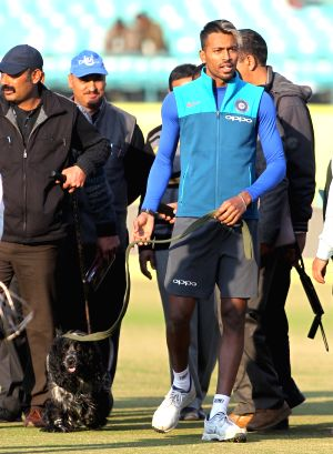India - practice session - Hardik Pandya