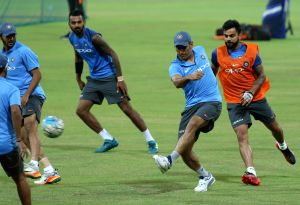(Sri Lanka): India - practice session - Virat Kohli, MS Dhoni