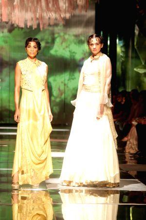 Amazon India Fashion Week Summer Spring 2017 - Krishna Mehta