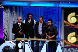 Ritesh Deshmukh, Salman khan and Shaan at Global Indian Music Awards on Wednesday night at Yash Raj Studios.
