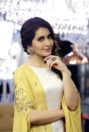 Rashi Khanna - Stills