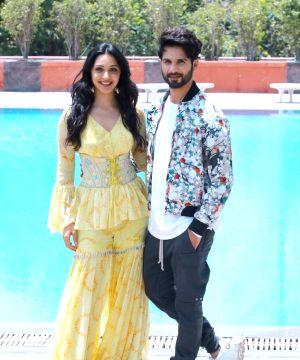 Kabir Singh Movie Cast Review Wallpapers Trailer